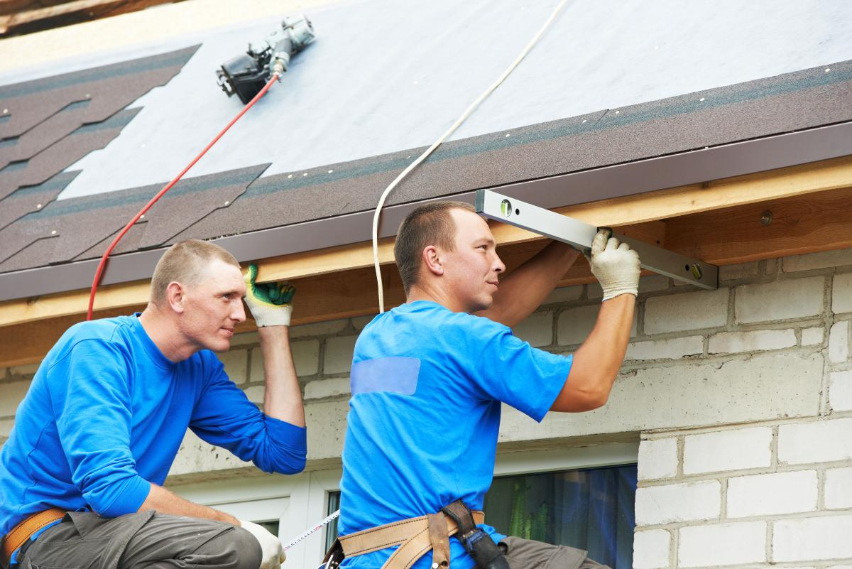 why hire professional roofing company